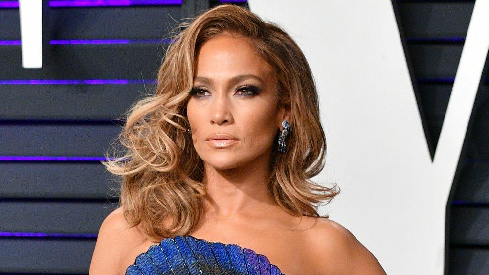 Dieta exclusivă a divei Jennifer Lopez: cum a slăbit interpreta 22 de kg (Foto) - republicanii.ro