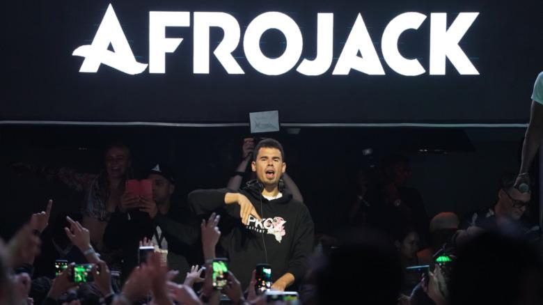 Esibizione di Afrojack