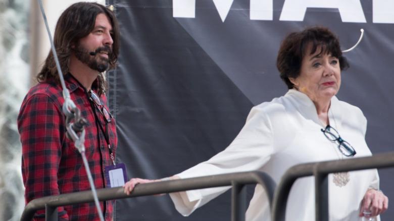 Dave e Virginia Grohl sul palco