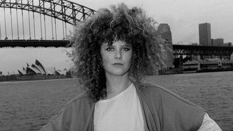 La giovane Nicole Kidman in posa a Sydney