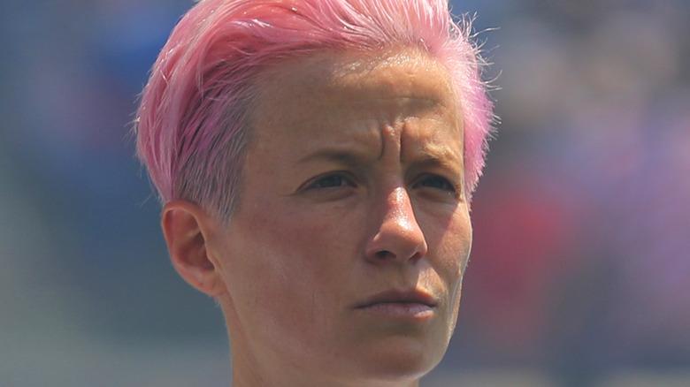 Megan Rapinoe capelli rosa