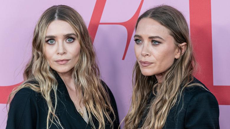Mary-Kate Olsen e Ashley Olsen sul red carpet