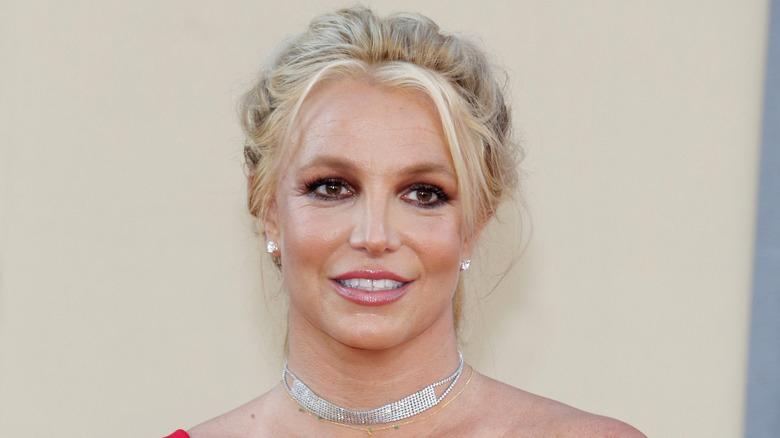 Britney Spears sorride