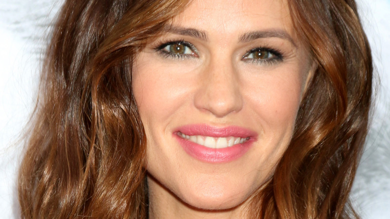 Jennifer Garner sorride