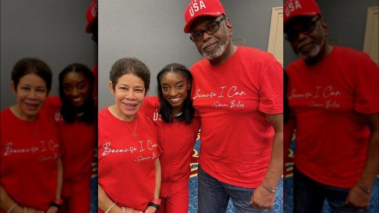 Simone Biles con i suoi genitori