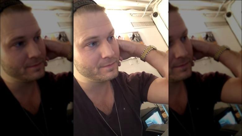 Brian Hickerson, mentre fa un video selfie