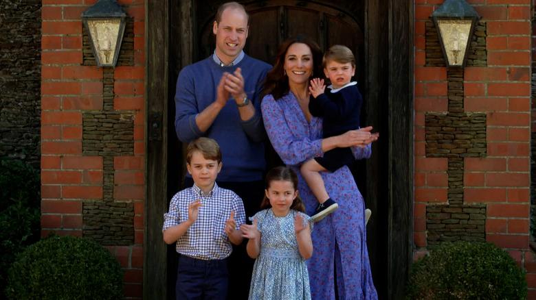 Il principe William, Kate Middleton, George, Charlotte, Louis