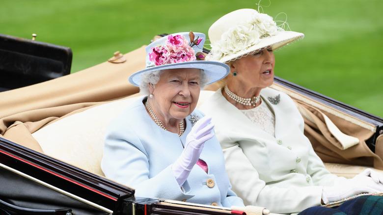 La principessa Alessandra e la regina Elisabetta II