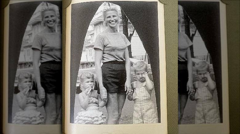 Christie Brinkley da bambina con sua madre e suo fratello