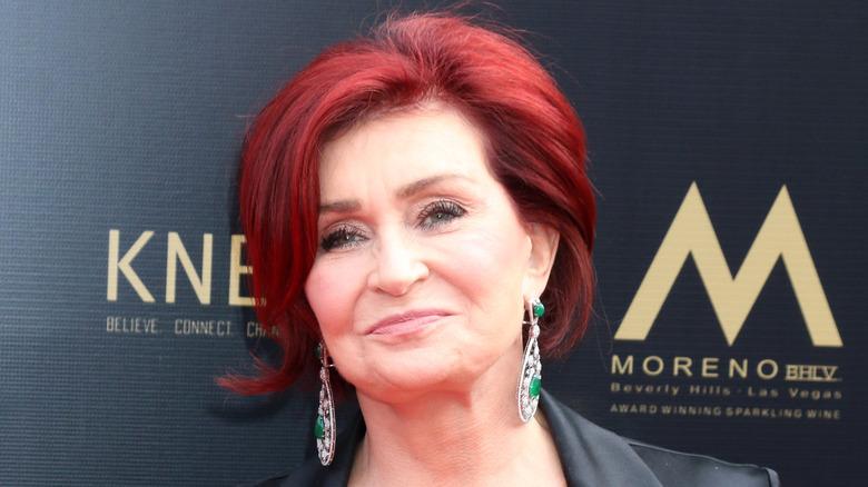 Sharon Osbourne sorride