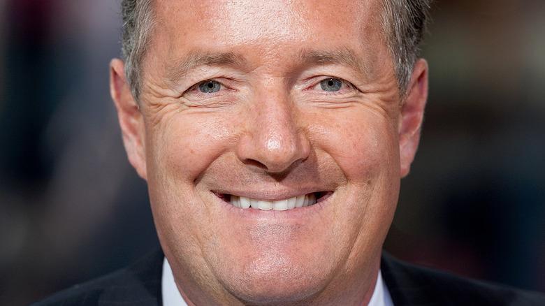 Piers Morgan sorride