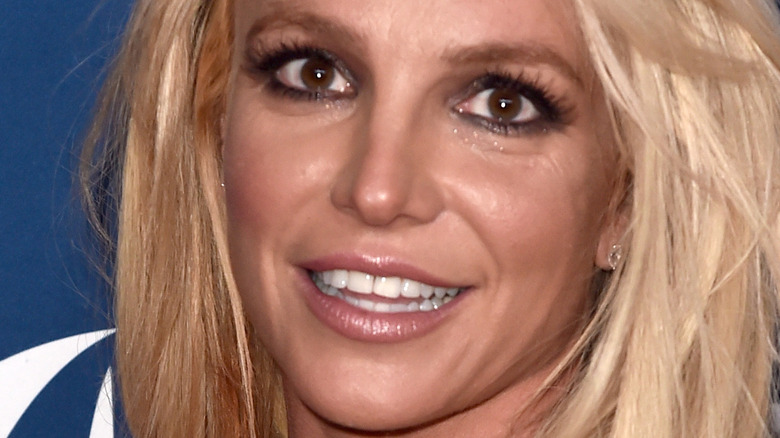 Britney Spears denti